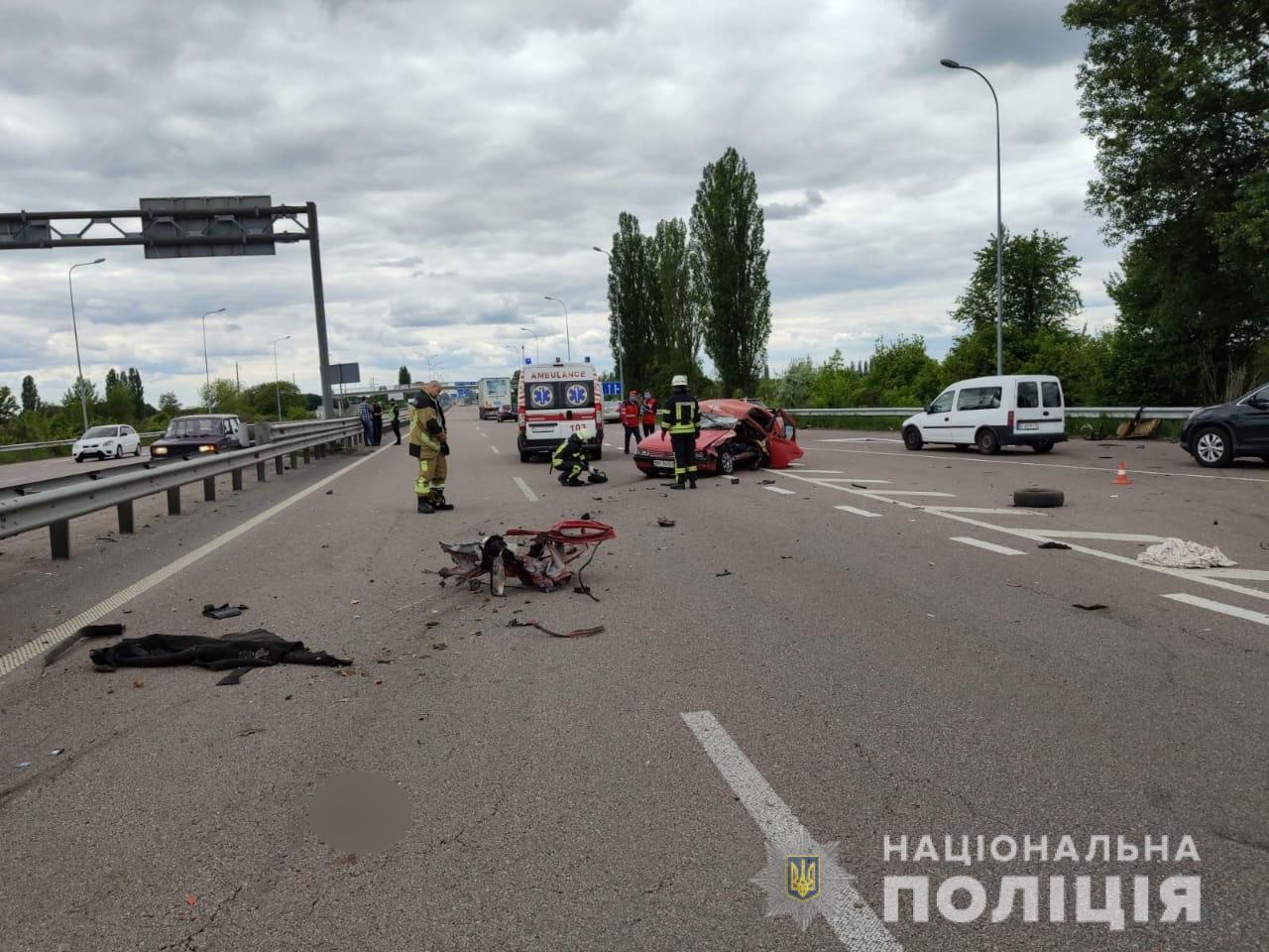 На трассе под Киевом в ДТП погиб 10-летний ребенок