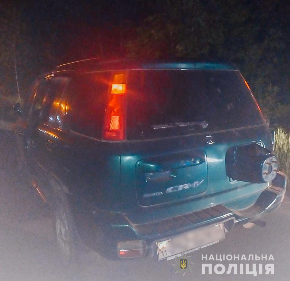 За Киевом работник СТО попал в ДТП на автомобиле клиента