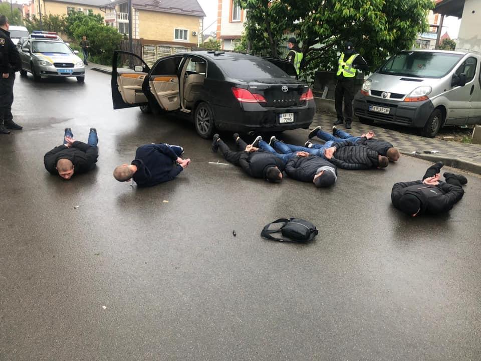 Утром в Броварах произошла перестрелка между перевозчиками