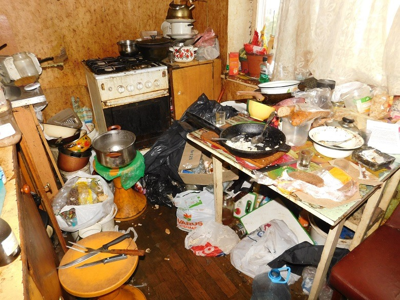В Киеве алкоголичка чуть было не убила своего мужа