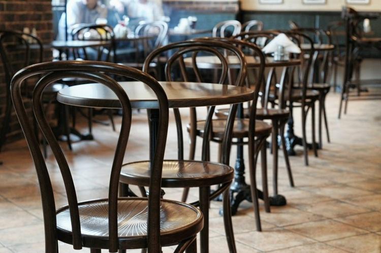 Не более 50 больных в сутки: в КГГА назвали условие для открытия ресторанов