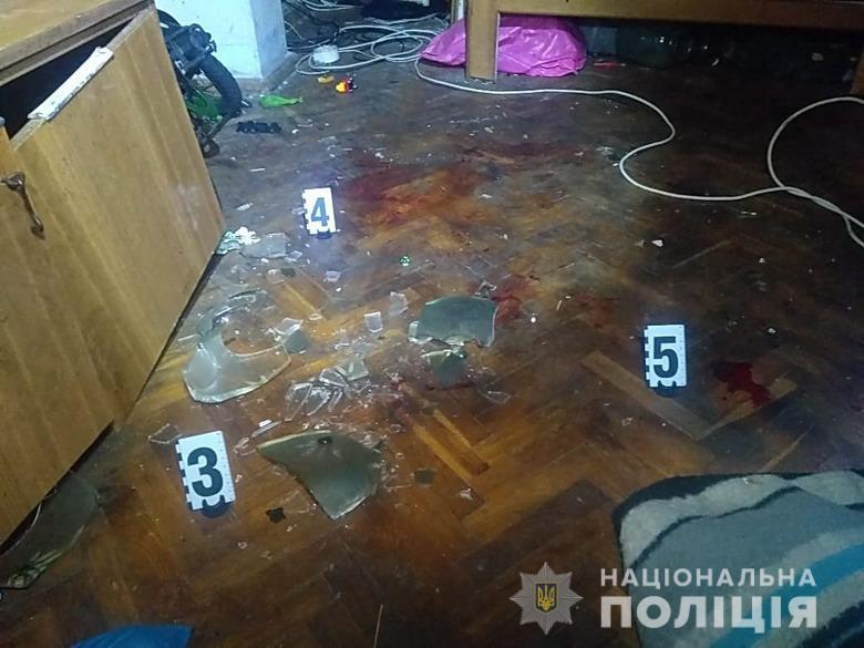 В Киеве мужчина избил и выбросил из окна шестилетнего ребенка