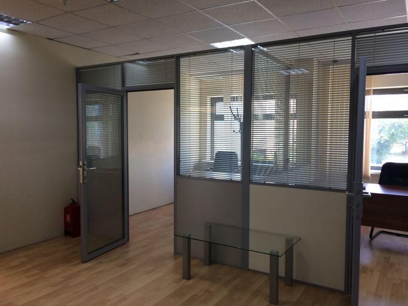 Аренда офиса в бизнес-центре на Позняках: преимущества и варианты