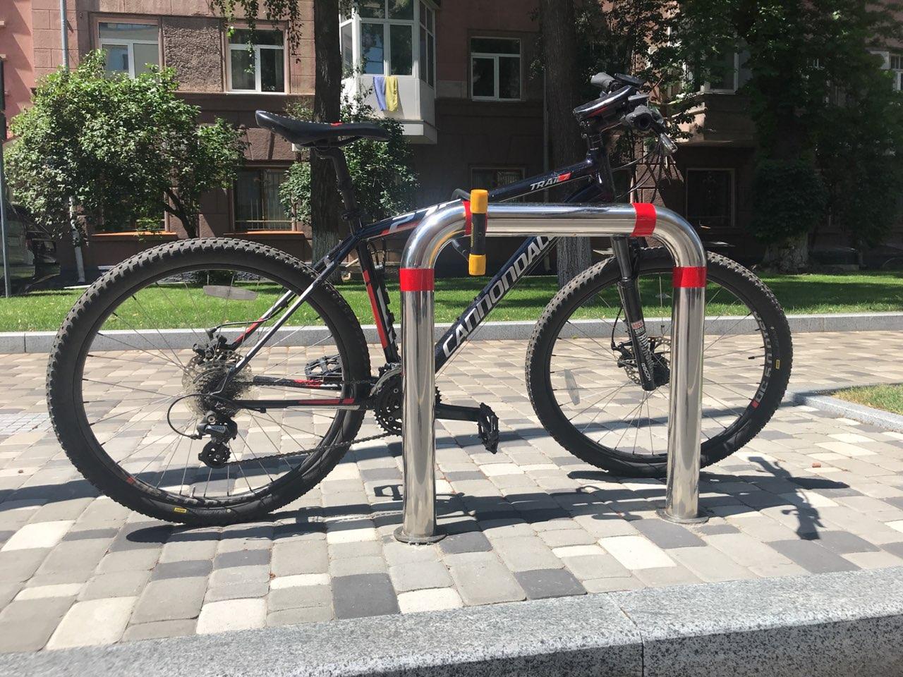 Киевских школьников и учителей пересадят на велосипеды