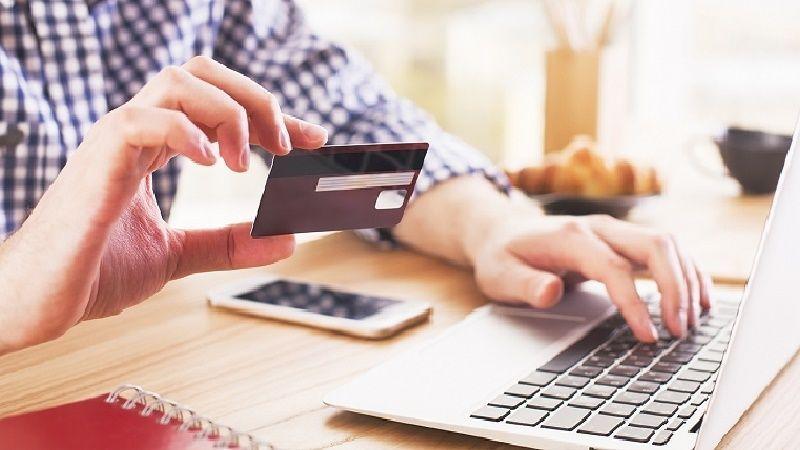 Как быстро получить кредит на карту?