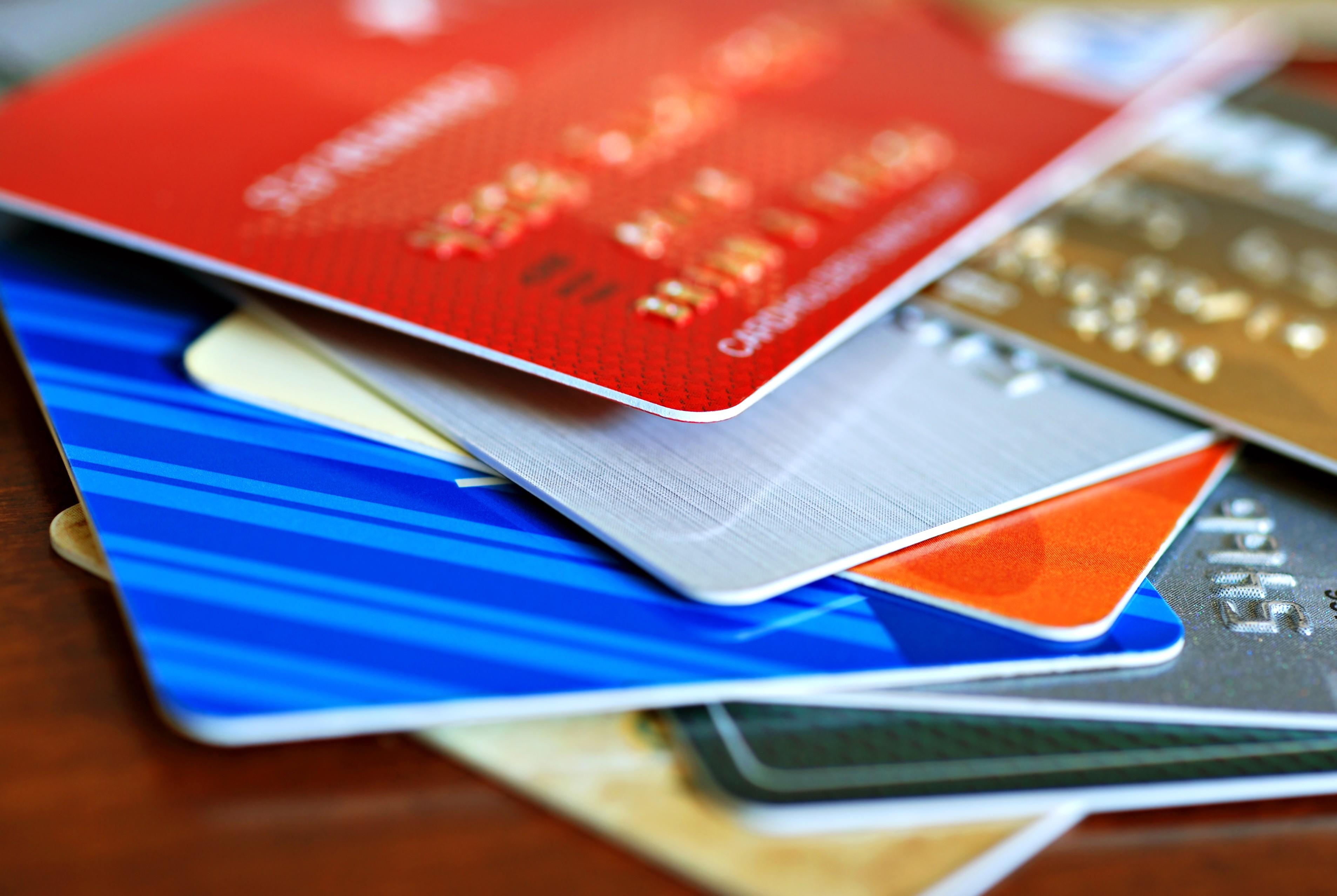 Кличко анонсировал оплату банковской картой в транспорте Киева с октября