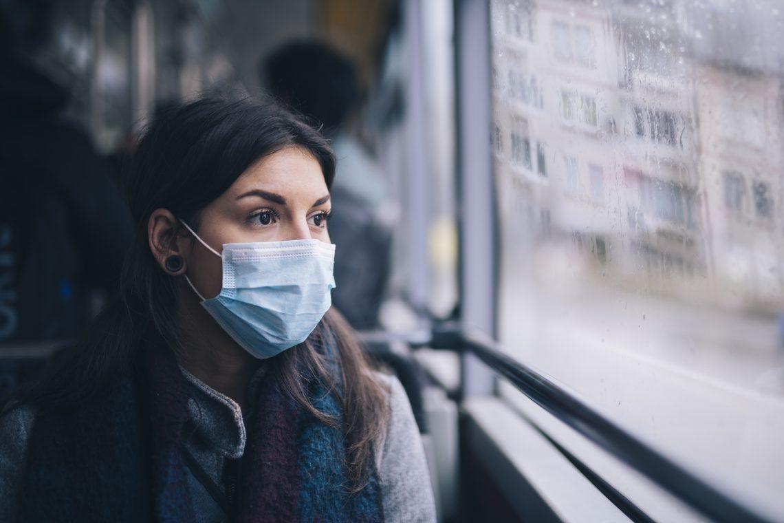 Пассажиры должны будут в масках ездить в транспорте Киева еще полтора года