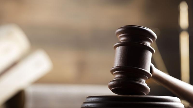 На Киевщине будут судить мужчину, который выбросил ребенка из окна