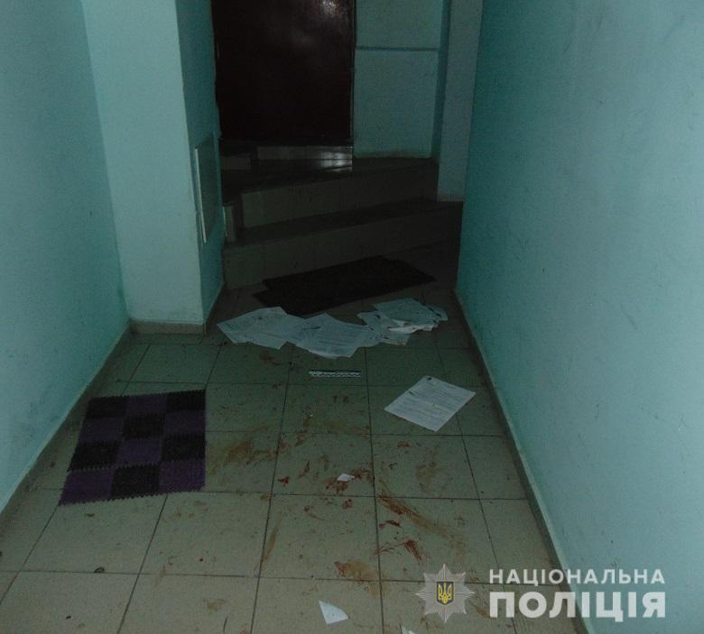 В жилом доме Киева из-за пьяных девушек произошла драка