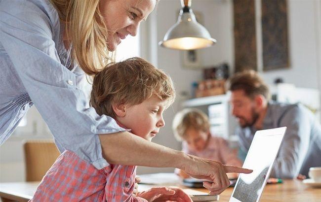 Власти снова запускают детский сад онлайн
