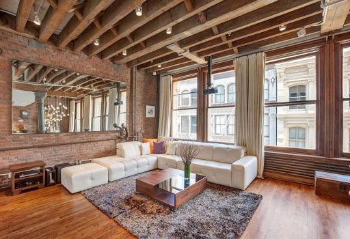 Деревянные балки на потолке - самые интересные решения