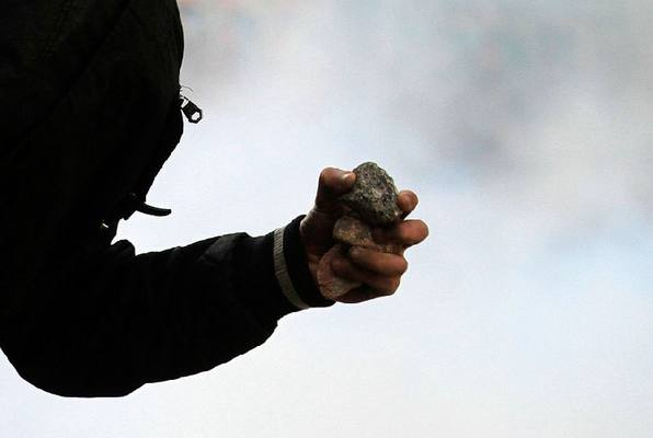 Киевлянин грабил женщин, избивая их камнем