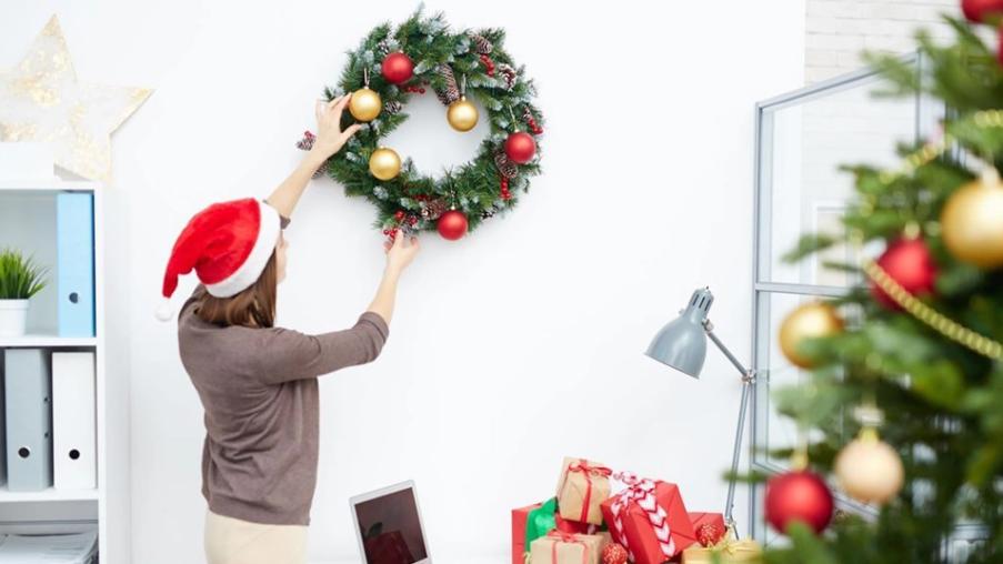 5 идей для украшения офиса к новому году
