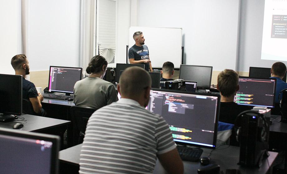 IT курсы от центра DAN.IT – максимальная эффективность и реальные перспективы