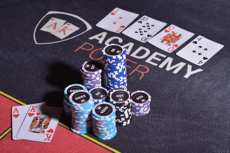 Знаменитые любители покера