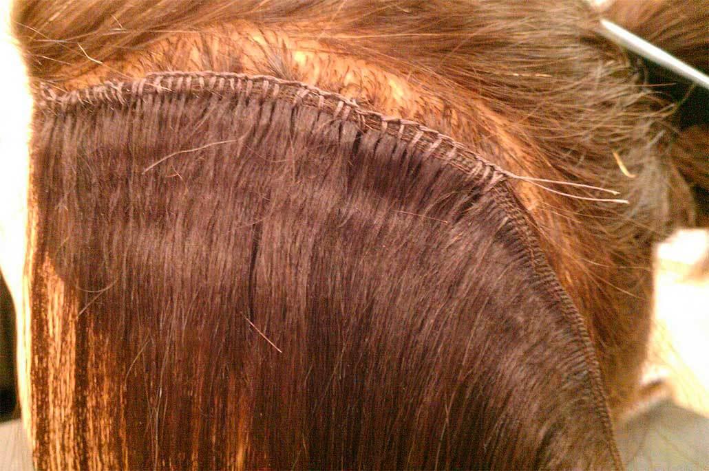Наращивание волос методом пришивания тресса: плюсы и минусы