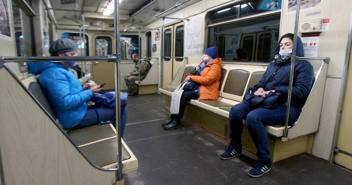 В метро Киева значительно подорожает проезд