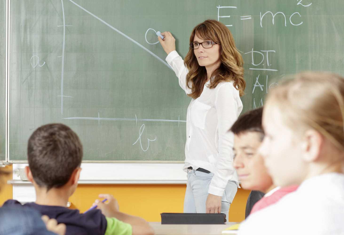 Кличко рассказал, какая зарплата у директоров киевских школ