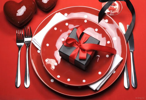 Какой подарок жене лучше выбрать?