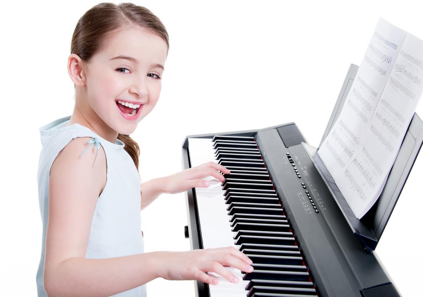 Какой синтезатор купить ребенку для обучения в музыкальной школе
