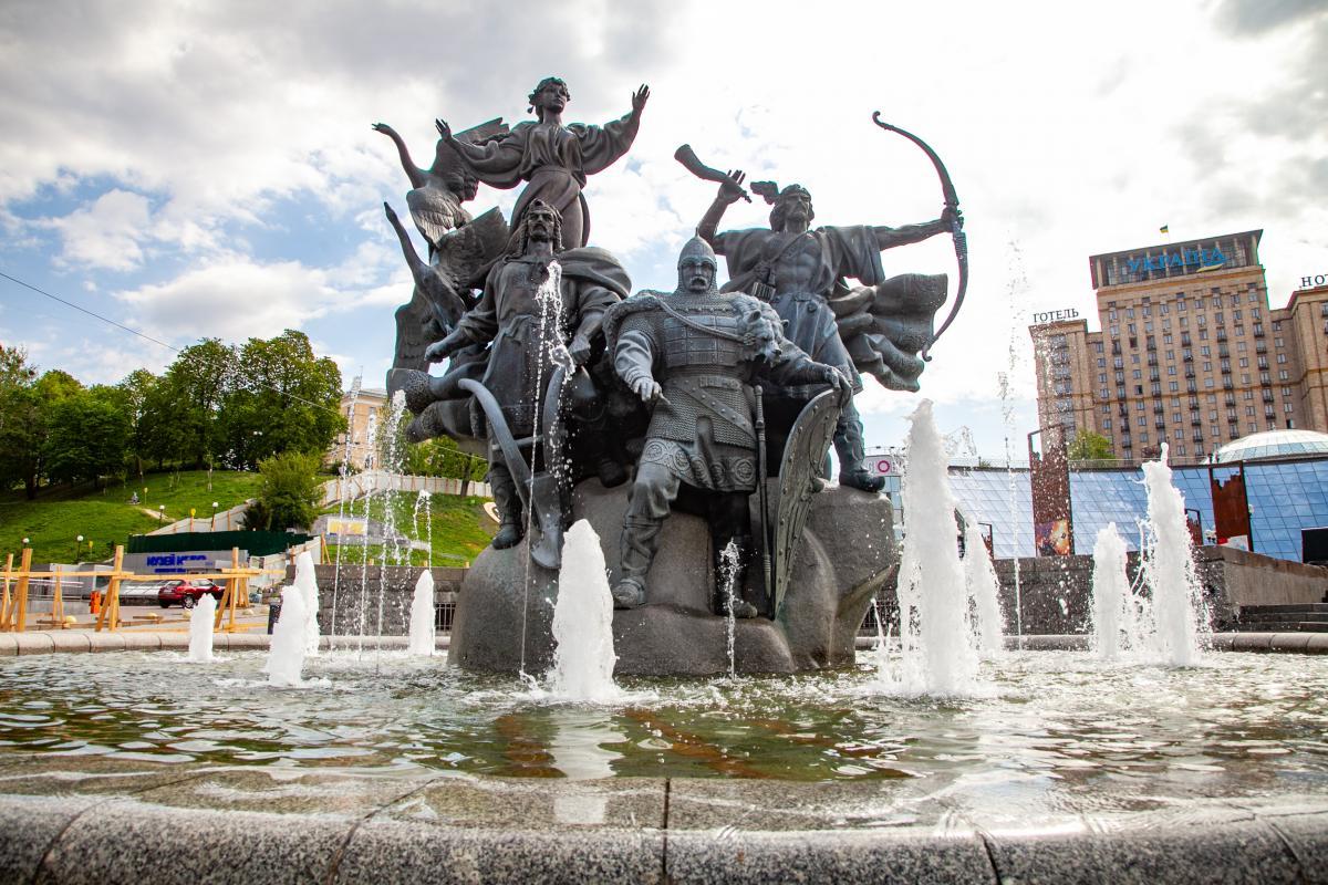 На Майдане перестали работать фонтаны