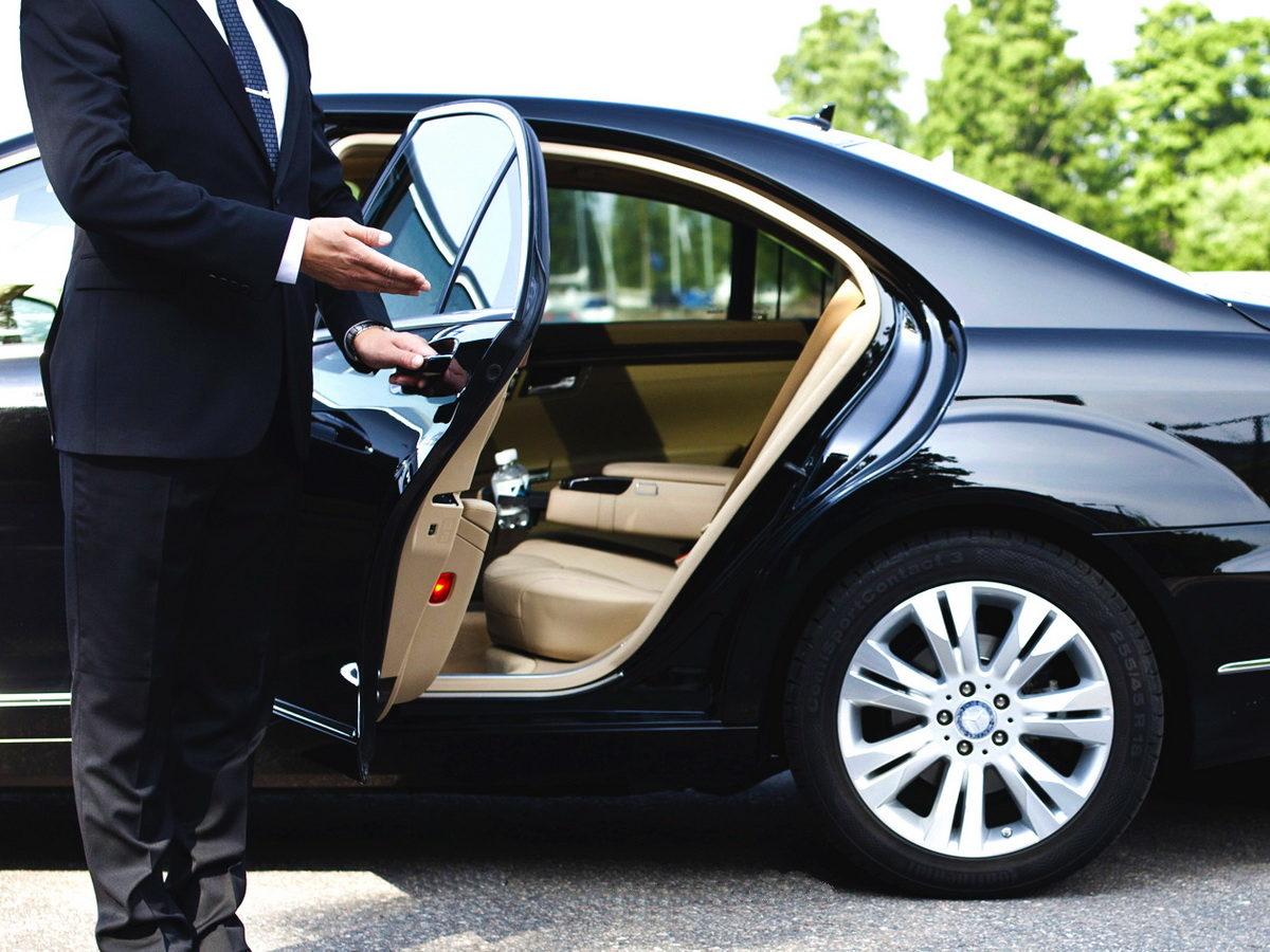 Как выбрать работу личным водителем в Киеве