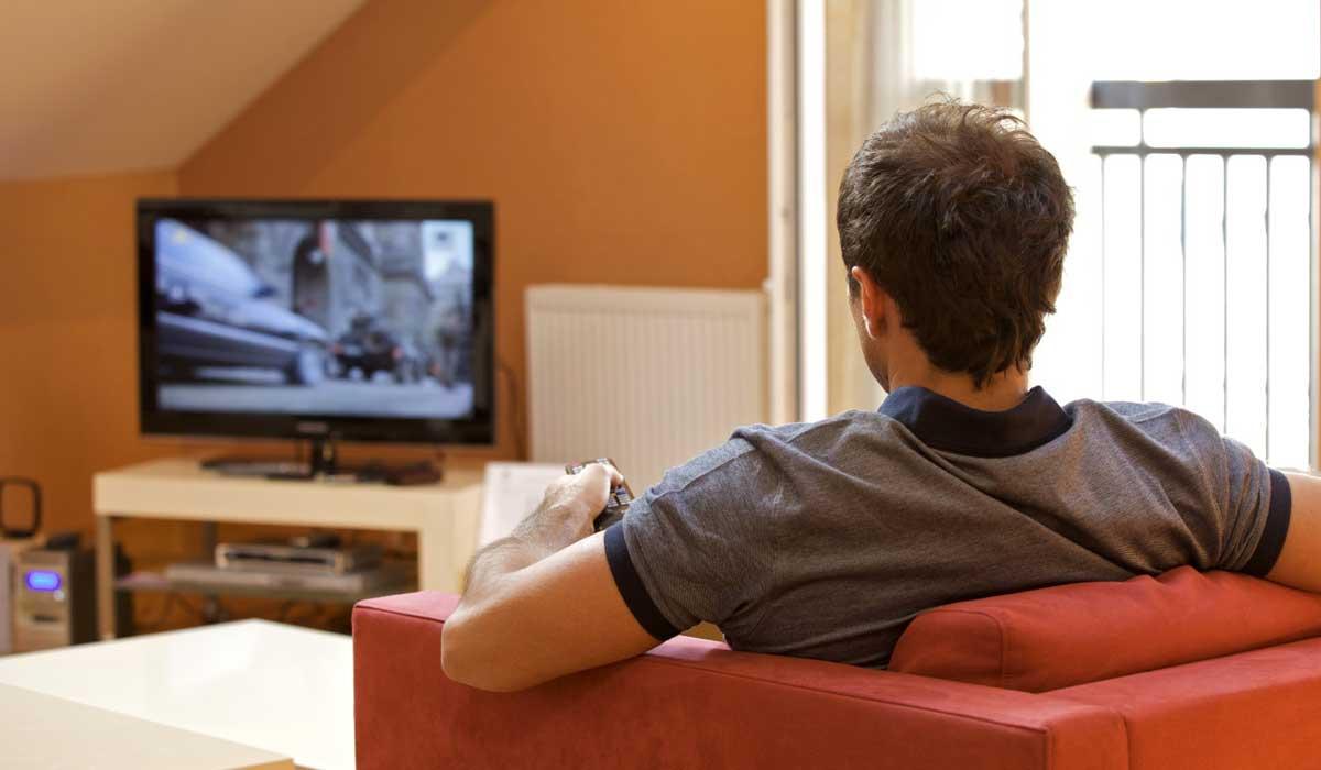 Вакцинированным дадут доступ к кино и сериалам