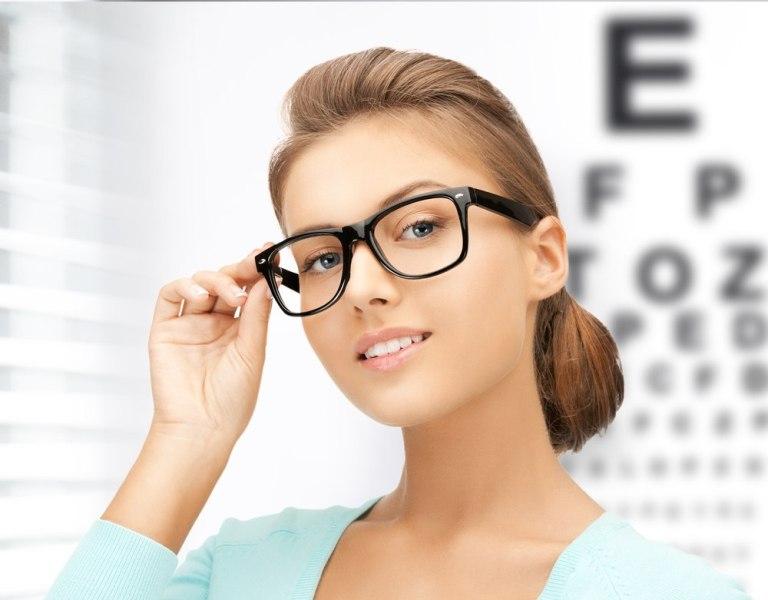 Выбираем корректирующие очки: готовые или по рецепту?